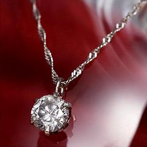 20代のダイヤモンドネックレス