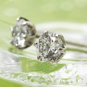 0.5ctプラチナダイヤモンドピアス
