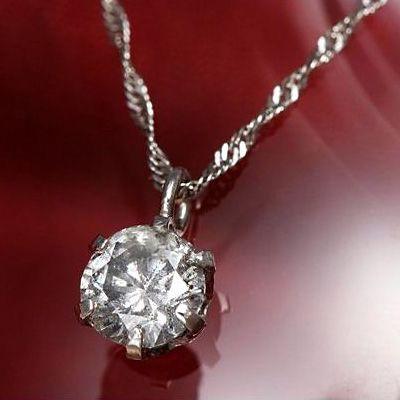 普段使いできる即日発送の0.3ct一粒ダイヤモンドネックレス