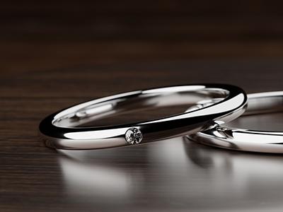 マリッジリングにメレダイヤ